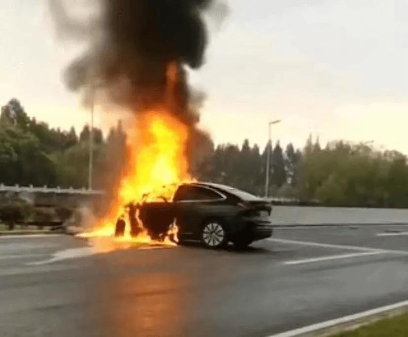 知名企业家车祸身亡,惨痛!自动驾驶?